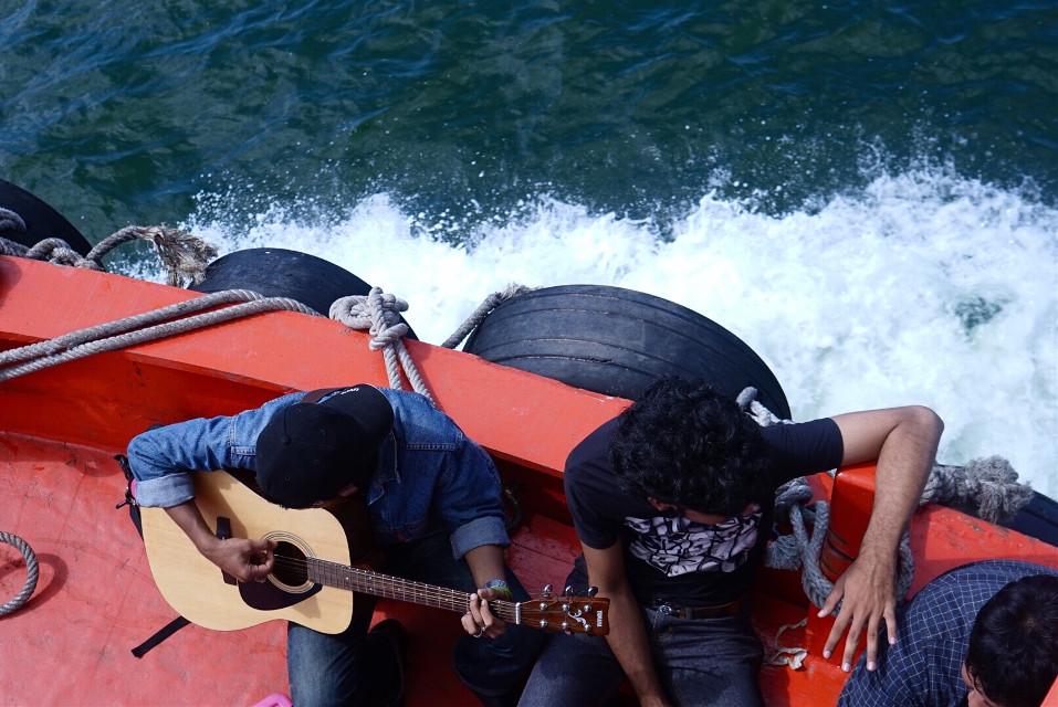 #sea#art#music#gitar#boat#travel #photography #pattaya