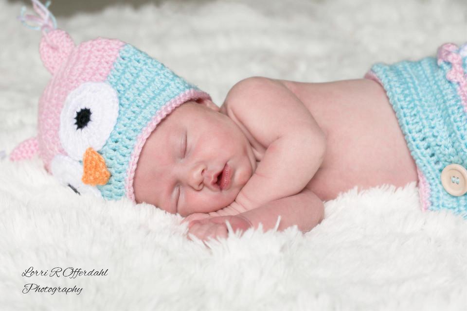 Love newborn babies! #newborn #newbornphotography #babies #emotions #sleepingbaby